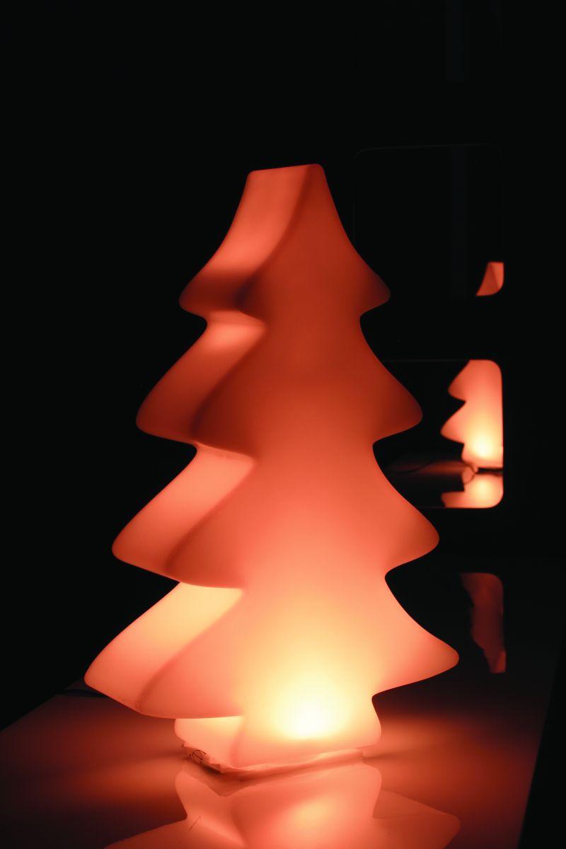 """LUMENIO – Der """"leuchtende"""" Baum vom Wohldesigner"""