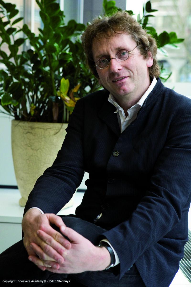"""Prof. Dr. Michael Braungart – """"Vom Bauhaus zum Baumhaus"""""""