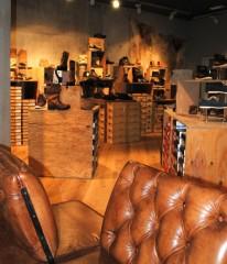 Gewandhaus Gruber Schuhe 1
