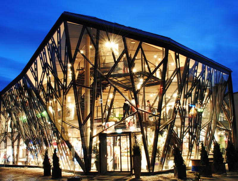 Gewandhaus Gruber, Erding: Ein faszinierendes Mode-Ereignis auf fünf Stockwerken