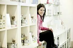 Esin Rager - Die Gründerin betreibt in der Hamburger Hafencity den Teehandel Samova GmbH & Co. KG.