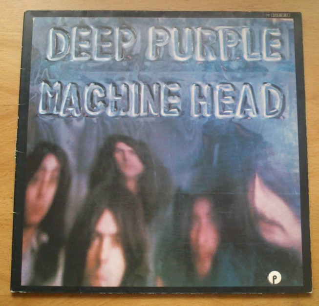 "Deep Purple – ""Smoke On The Water"" (1972)"