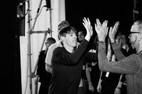 Kilian Kerner Backstage bei der MBFW im Juli 2014 (© Marius Uhlig)